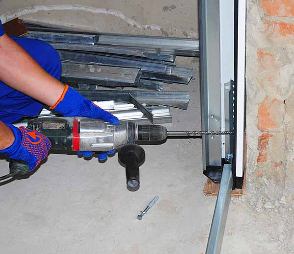 CD Doors garage door repair service in Columbus, OH